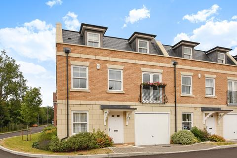 4 bedroom semi-detached house for sale - Haden Square, Reading, RG1