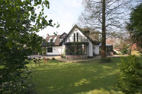 4 bedroom detached house to rent - Bramhall Park Road, Bramhall