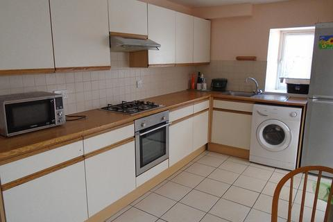 4 bedroom terraced house to rent - George Street, Swansea, City And County of Swansea. SA1 4HH