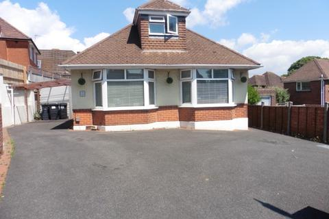 4 bedroom chalet for sale - Priory View Road, Moordown, Bournemouth