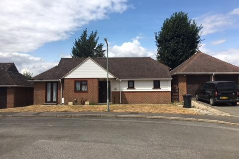2 bedroom detached bungalow to rent - The Chestnuts, Smeeth, Ashford, Kent TN25