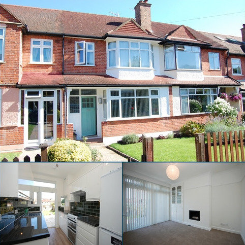 3 bedroom terraced house to rent - Durham Road BR2
