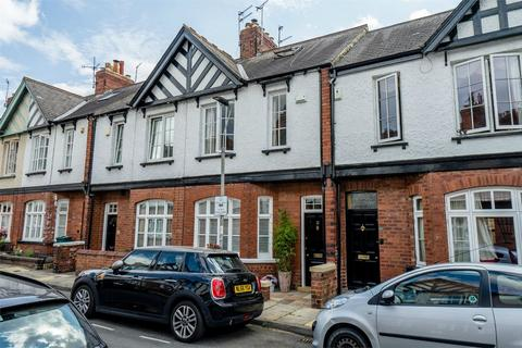 3 bedroom terraced house for sale - North Parade, Bootham, York