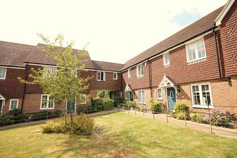4 bedroom end of terrace house for sale - Chilton Grove, Lindfield, West Sussex