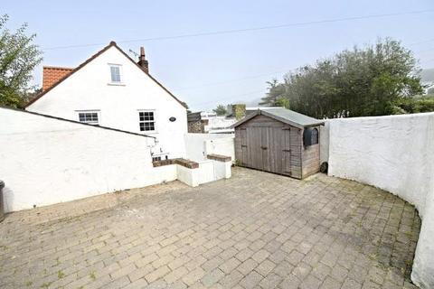2 bedroom semi-detached house to rent - Calais, St. Martin, Guernsey