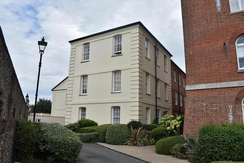 2 bedroom flat to rent - The Armoury, ClockTower Drive, Marine Gate, Southsea, PO4 9XT