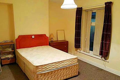 4 bedroom house to rent - Western Street, Swansea ,