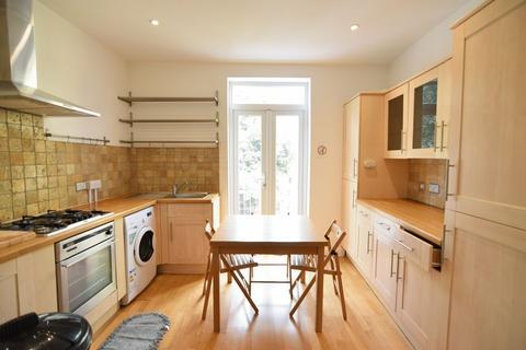 6 bedroom maisonette to rent - Roundhill Crescent, Brighton