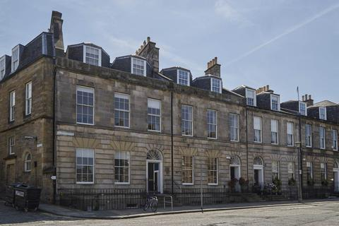 2 bedroom flat to rent - Albany Street, New Town, City Centre