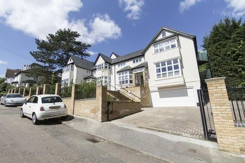 2 bedroom apartment to rent - Albion Hill, Loughton IG10