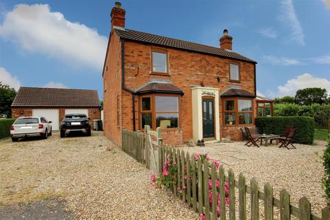 4 bedroom detached house for sale - Church Lane, Saltfleetby, Louth