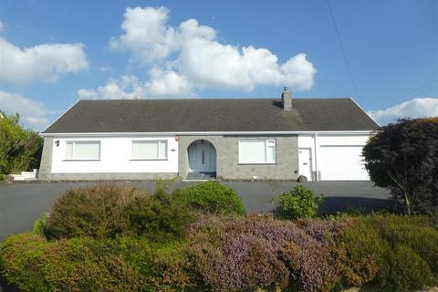 3 bedroom property with land for sale - Synod Inn, Llandysul