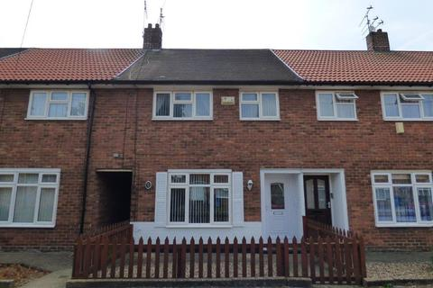 3 bedroom terraced house for sale - Milford Grove, Greatfield, Hull