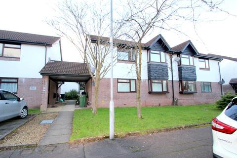 2 bedroom apartment to rent - Heath Park Drive, Cardiff, CF14