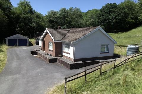 3 bedroom property with land for sale - Bronwydd Arms, Nr Carmarthen
