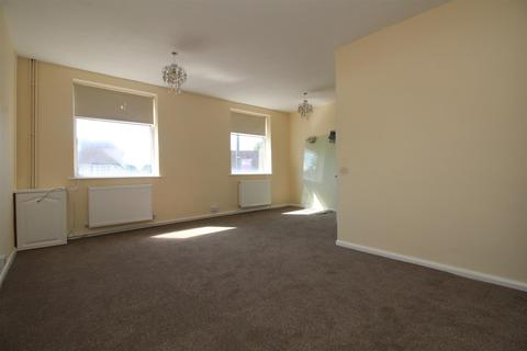 3 bedroom flat to rent - The Broadway Stanmore HA7