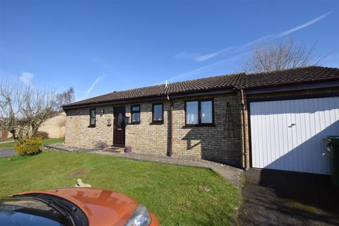 3 bedroom bungalow to rent - Steane View, Brackley