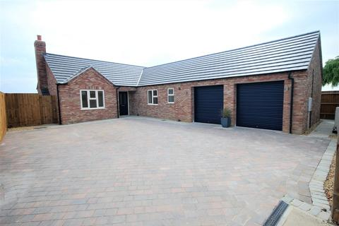 3 bedroom detached bungalow for sale - Jekils Bank, Holbeach St. Johns, Spalding