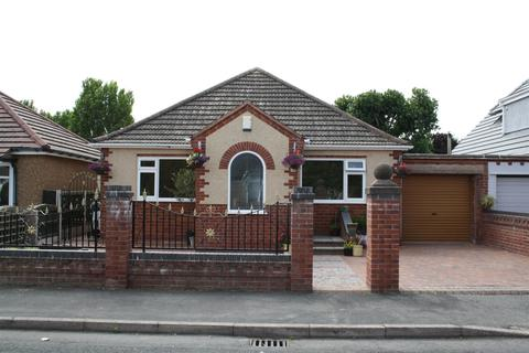 4 bedroom cottage for sale - Dulas Avenue, Kinmel Bay