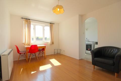 1 bedroom flat to rent - Sybil Phoenix Close,  Surrey Quays, SE8