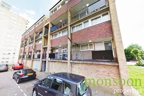 3 bedroom apartment for sale - Palmers Road N11