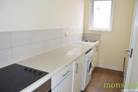 1 bedroom flat to rent - West Green Road