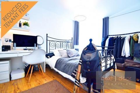 3 bedroom apartment to rent - John Ruskin Street,  Oval, SE5