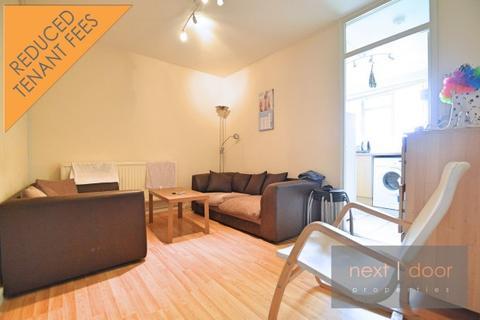 4 bedroom apartment to rent - Cooks Road,  Kennington, SE17