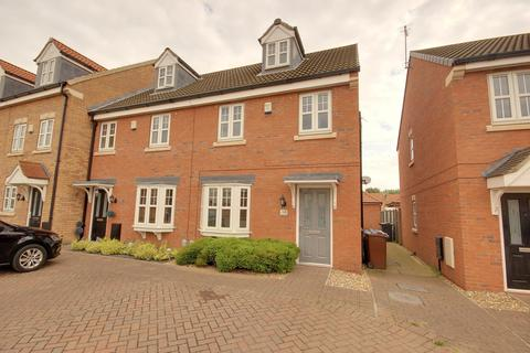 3 bedroom end of terrace house to rent - Pools Brook Park, Kingswood