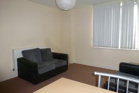 2 bedroom apartment to rent - Horizon Building Goldsmith Avenue PO4