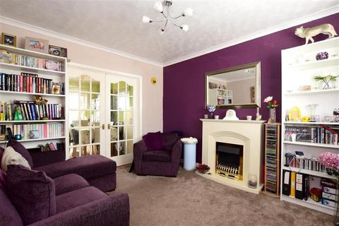 3 bedroom terraced house for sale - Ladies Mile Road, Patcham, Brighton, East Sussex