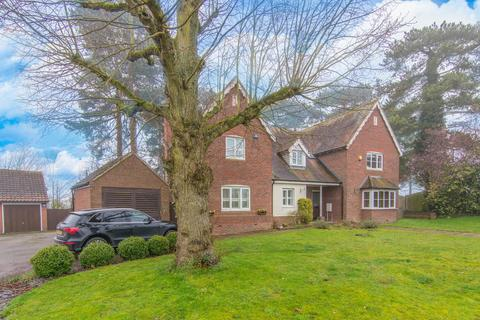 3 bedroom semi-detached house for sale - Forest Drive, Fyfield