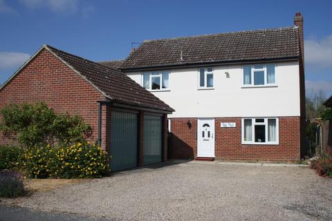 4 bedroom detached house for sale - Queens Road, West Bergholt, Colchester, CO6 3HE