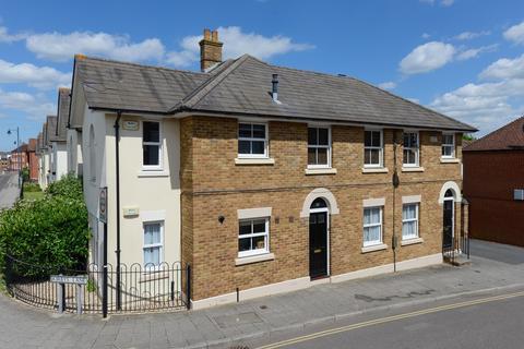 2 bedroom apartment to rent - Kirbys Lane, Canterbury, CT2