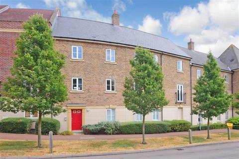 2 bedroom apartment for sale - College Close, Loughton, Essex