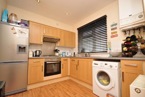 2 bedroom semi-detached house to rent - Baileys Road Southsea PO5