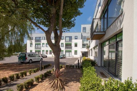 2 bedroom apartment to rent - Vale Road, Portslade