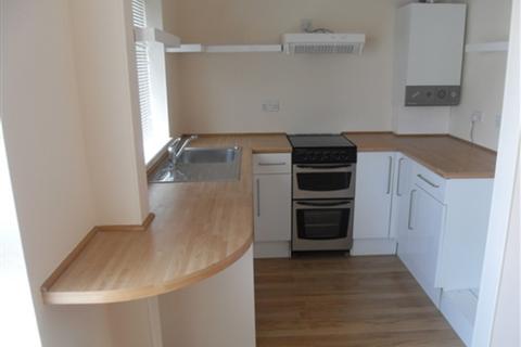 2 bedroom flat to rent - Poplar Court, Sutton, Hull