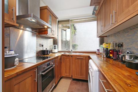 4 bedroom apartment to rent - Cranfield House 97-107