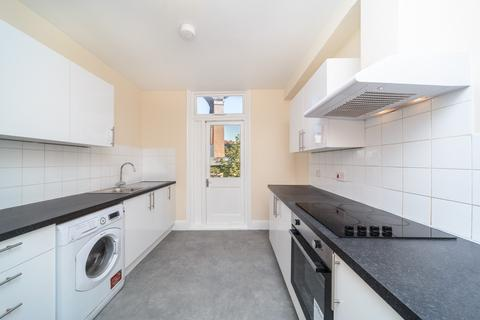 3 bedroom house to rent - Upper Maisonette Ditchling Rise, Brighton, BN1