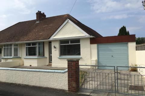2 bedroom bungalow to rent - Chestwood Avenue, Sticklepath, Barnstaple, EX31 2EJ