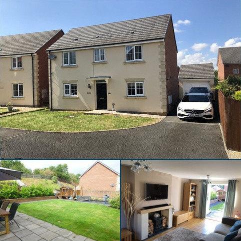 3 bedroom detached house for sale - Ffordd Y Glowyr , Betws, Ammanford, Carmarthenshire.