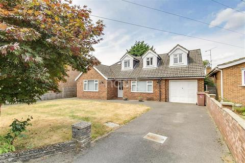 4 bedroom detached house to rent - Pitts Lane, Earley