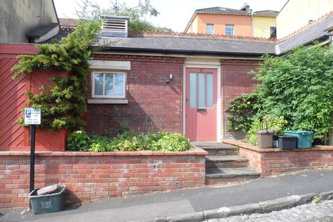 1 bedroom bungalow to rent - Gibson Road, Cotham, BS6