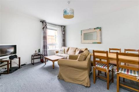 3 bedroom apartment to rent - Ilminster Gardens, London, SW11