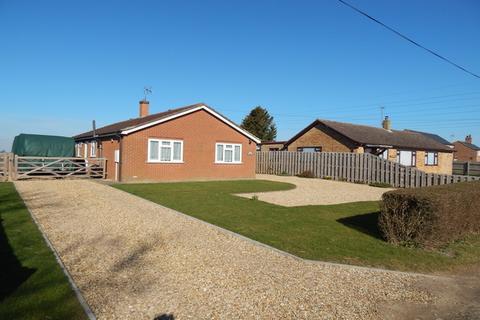 3 bedroom detached bungalow for sale - Lutton Bank, Lutton, Spalding, PE12
