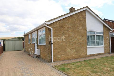 2 bedroom bungalow for sale - Ashley Close, Halfway