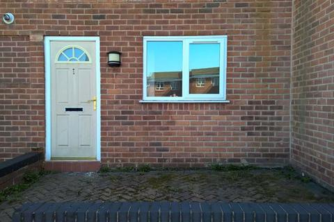2 bedroom flat to rent - Alban Court, Ashton, Greater Manchester