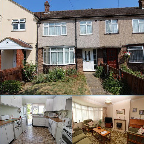 3 bedroom terraced house for sale - Severn Drive, Upminster, Essex, RM14