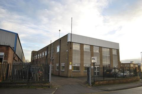 Light industrial to rent - Oakland Road, Leicester, LE2